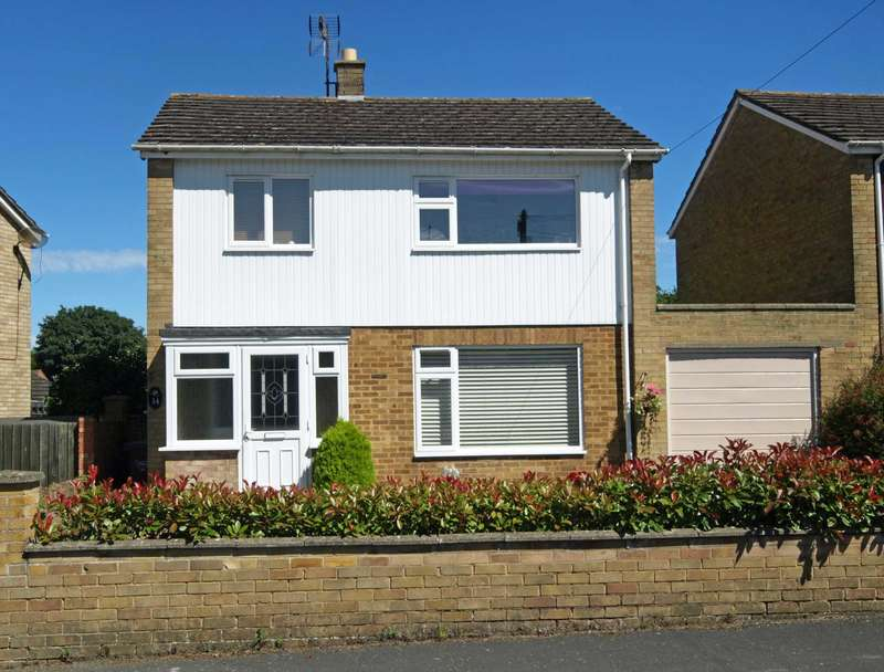 3 Bedrooms Detached House for sale in Almond Road, Bicester