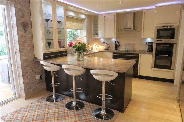 4 Bedrooms Detached House for sale in Palmerston Street, South Shields