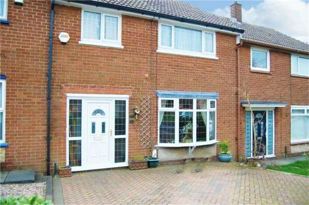 3 Bedrooms Maisonette Flat for sale in Booth Road, Little Lever, Bolton, Lancashire