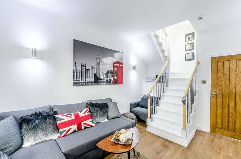 1 Bedroom House for sale in Barking Road, Plaistow, E13