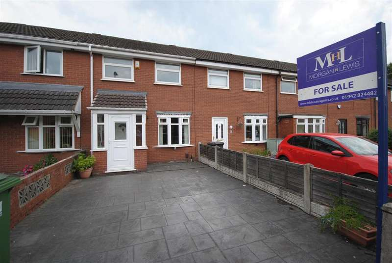 3 Bedrooms Town House for sale in Malpas Avenue, Whelley, Wigan