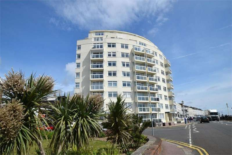 2 Bedrooms Flat for sale in Royal Parade, Seafront, East Sussex