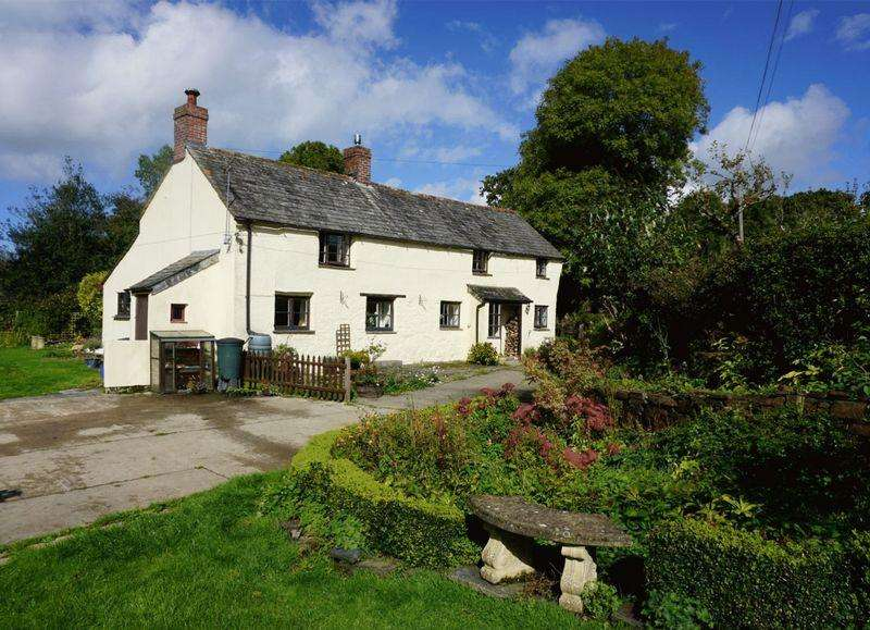 3 Bedrooms Detached House for sale in Tremaine, Launceston
