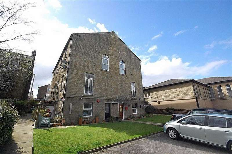 2 Bedrooms Flat for sale in Chapel Court, Meltham, Holmfirth, HD9