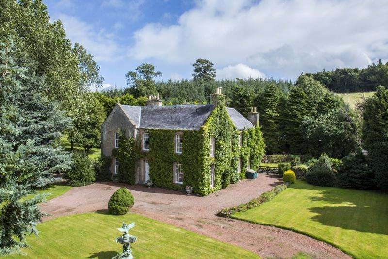 5 Bedrooms Detached House for sale in Ashybank House, Denholm, Roxburghshire, Scottish Borders