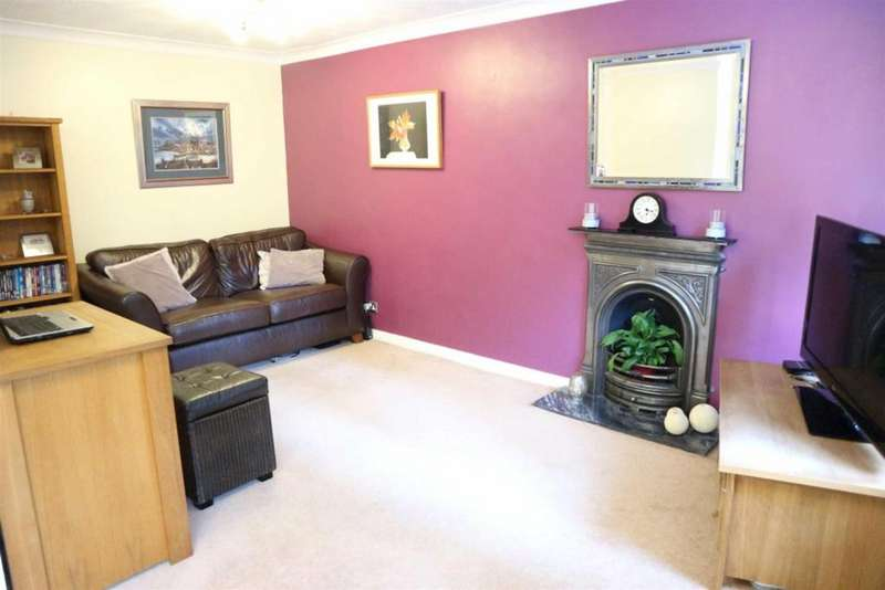 4 Bedrooms Town House for sale in Milbank Court, Darlington