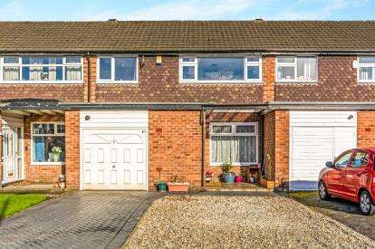 3 Bedrooms Terraced House for sale in Chapel Lane, Sale, Greater Manchester