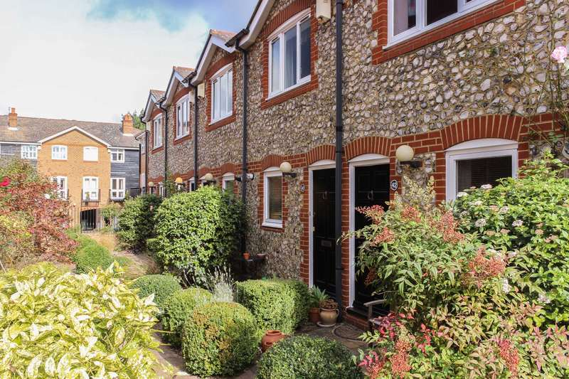2 Bedrooms End Of Terrace House for sale in Harvest Lane, Thames Ditton