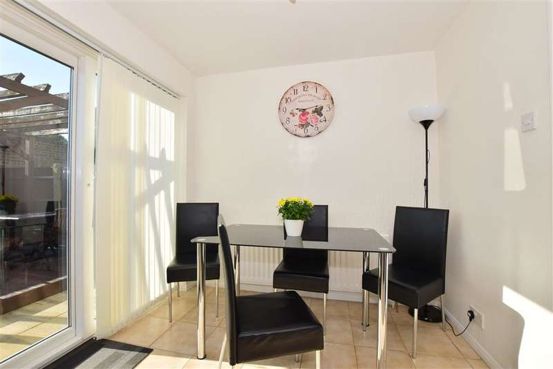 3 Bedrooms End Of Terrace House for sale in Bower Green, Lords Wood, Chatham, Kent