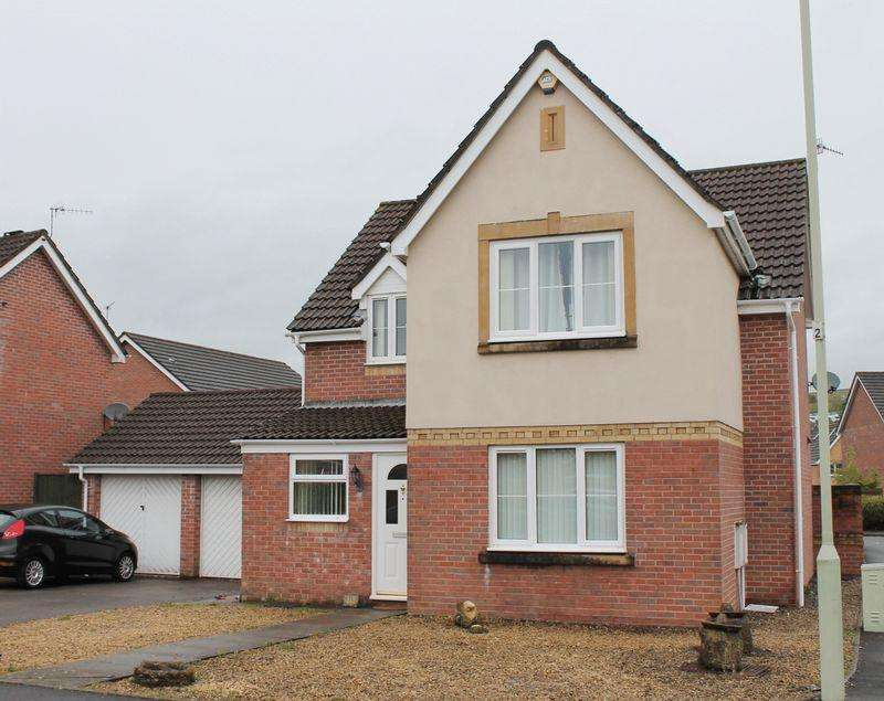 4 Bedrooms Detached House for sale in Cynllan Avenue, Llanharan, CF729UL