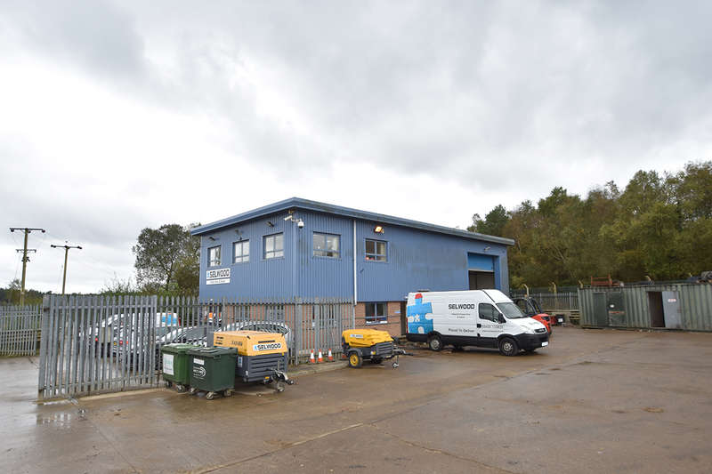 Warehouse Commercial for rent in Unit 91, Woolsbridge Industrial Estate, Three Legged Cross, Wimborne, BH21 6SP