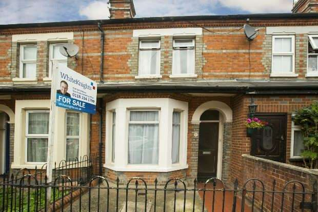3 Bedrooms Terraced House for sale in Highgrove Street Reading