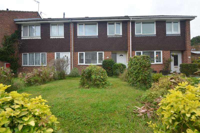 3 Bedrooms Terraced House for sale in Newport Pagnell