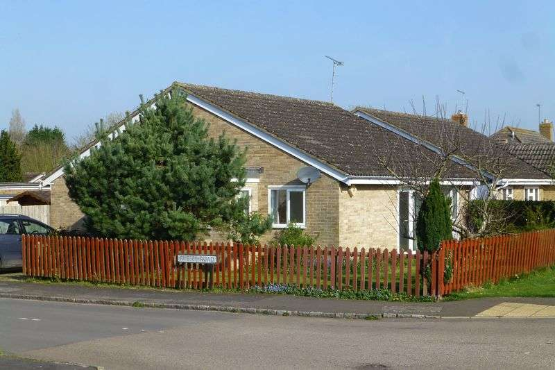 3 Bedrooms Property for sale in Russet Road, Ardley, Bicester