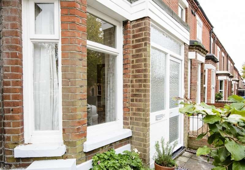 3 Bedrooms Terraced House for sale in Rosebery Rd, Norwich, Norfolk, NR3