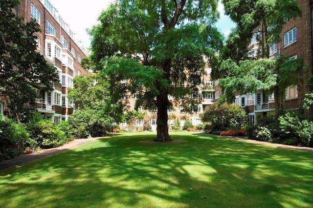 2 Bedrooms Flat for sale in Marlborough Court, London, W8