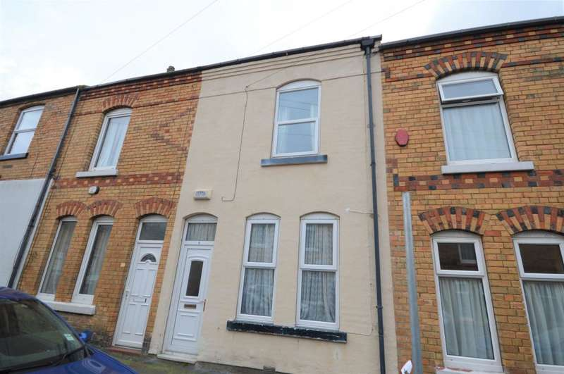 2 Bedrooms Terraced House for sale in Sandringham Street, Scarborough, North Yorkshire YO12 7QD