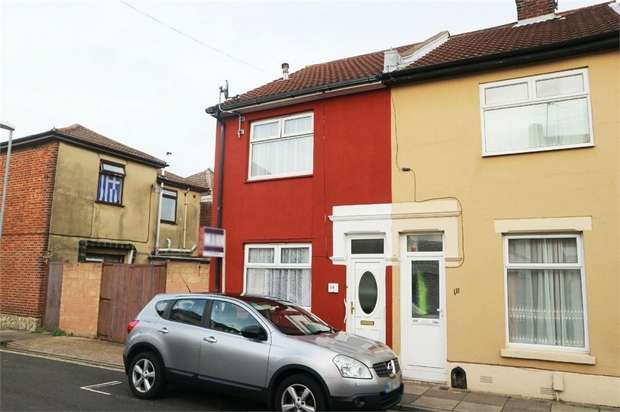2 Bedrooms End Of Terrace House for sale in Samuel Road, Portsmouth, Hampshire