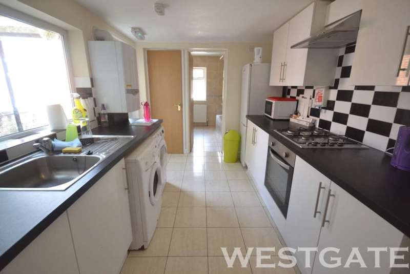 6 Bedrooms Terraced House for rent in De Beauvoir Road, Reading