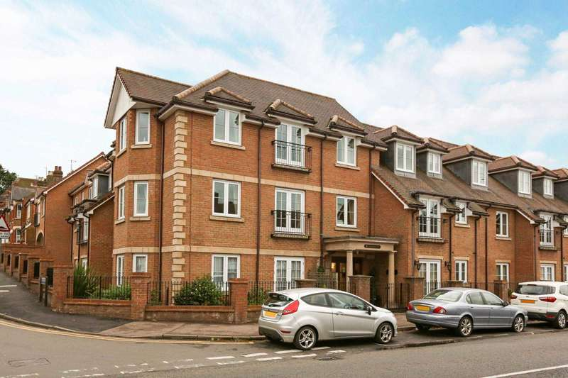 2 Bedrooms Retirement Property for sale in Gilhams Court, Berkhamsted