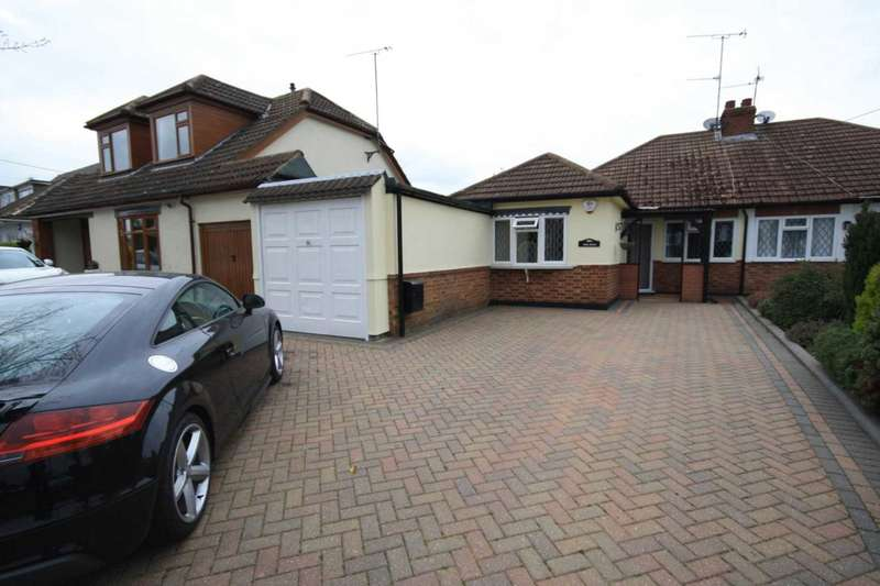 3 Bedrooms Semi Detached Bungalow for sale in Mill Road, Great Burstead