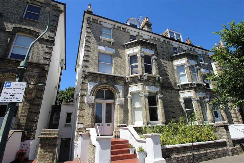 3 Bedrooms Apartment Flat for sale in Salisbury Rd, Hove, East Sussex