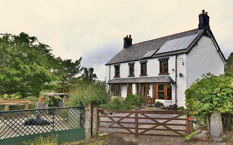 4 Bedrooms Semi Detached House for sale in Betws Gwerfil Goch, Corwen