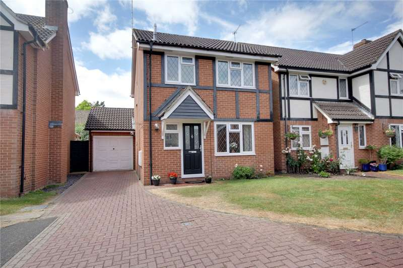 3 Bedrooms Detached House for sale in Turners Close, Staines-Upon-Thames, Surrey, TW18