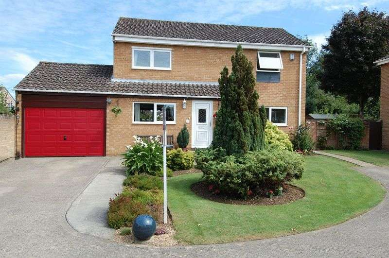4 Bedrooms Property for sale in Mead Way, Kidlington