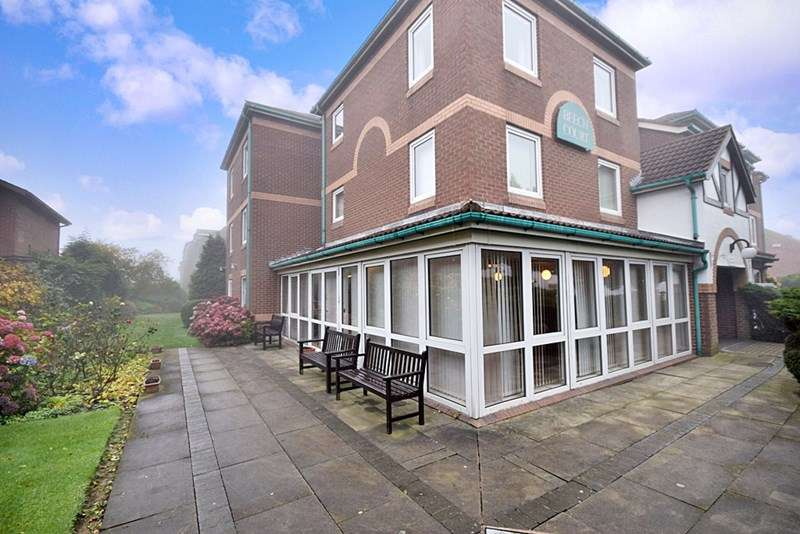 1 Bedroom Property for sale in Beech Court, Nottingham, NG3 5PZ