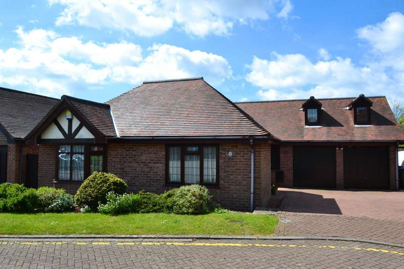 3 Bedrooms Bungalow for sale in Littledown