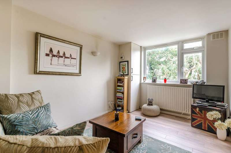 1 Bedroom Flat for sale in Hammersmith Grove, Hammersmith, W6