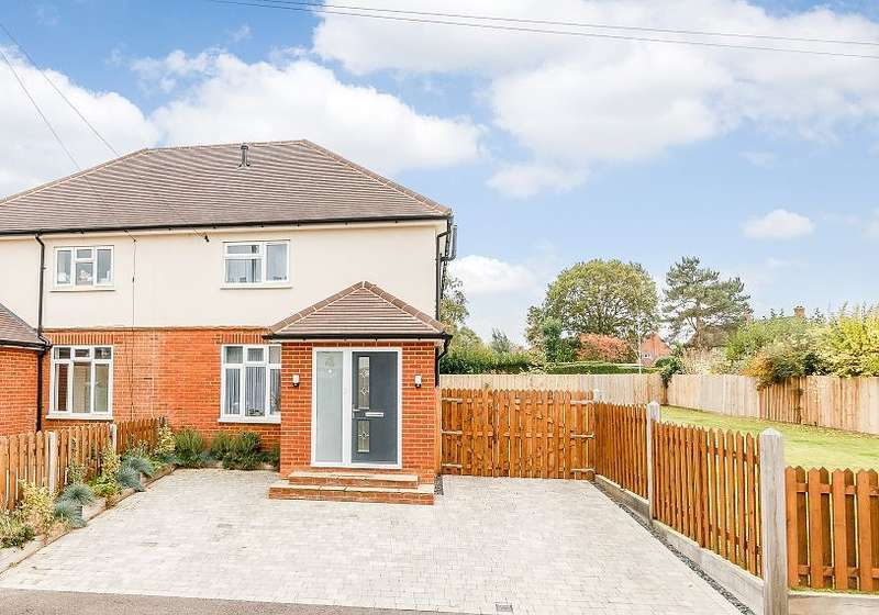 4 Bedrooms Semi Detached House for sale in Crondall