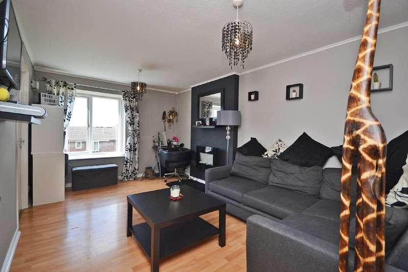 1 Bedroom Flat for sale in Hazel Court, Wakefield