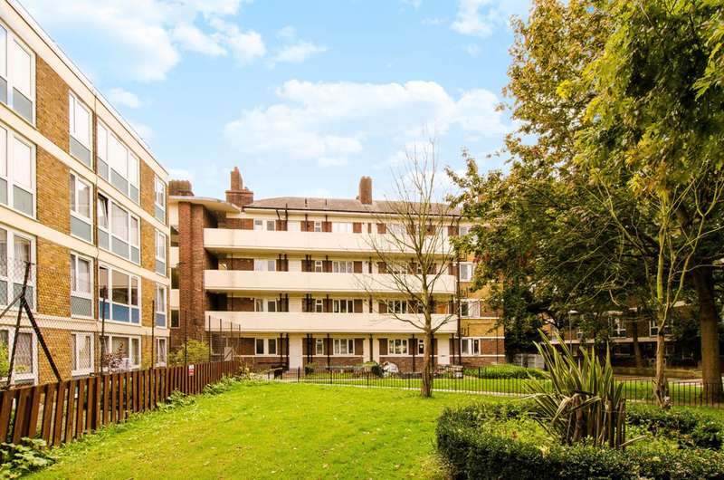 1 Bedroom Flat for sale in Brine House, Bow, E3