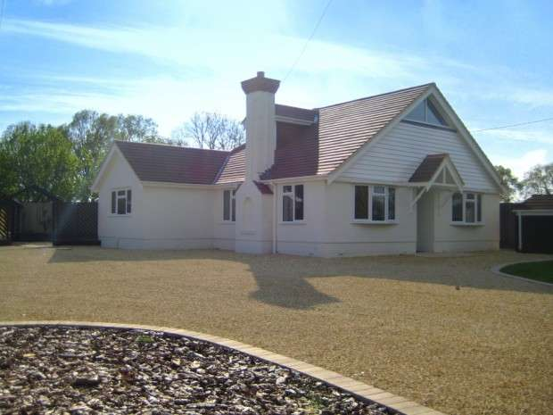 4 Bedrooms Detached House for rent in Ponytrail Beaulieu Road, Southampton, SO40