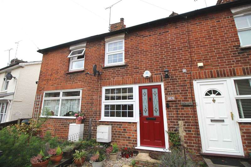 2 Bedrooms Terraced House for sale in Wantz Road, Maldon