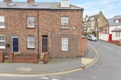 4 Bedrooms Terraced House for sale in Green Lane, Whitby, North Yorkshire, .
