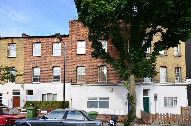1 Bedroom Flat for sale in Crystal Palace Road, East Dulwich, SE22