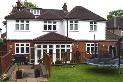 7 Bedrooms Detached House for rent in Elms Road, Harrow Weald