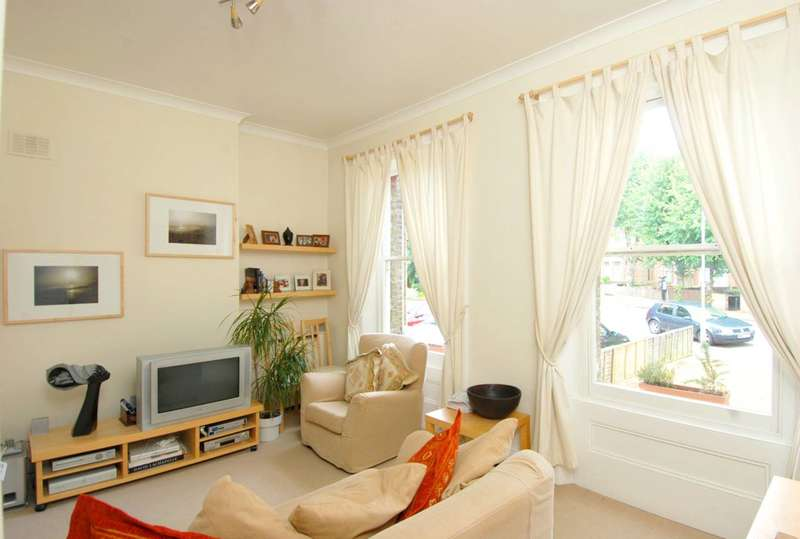 1 Bedroom Flat for sale in Culverden Road, Balham, SW12