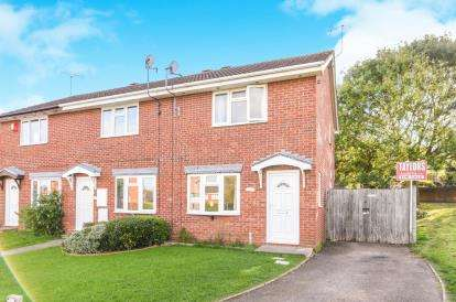 2 Bedrooms Semi Detached House for sale in Turners Close, Worcester, Worcestershire