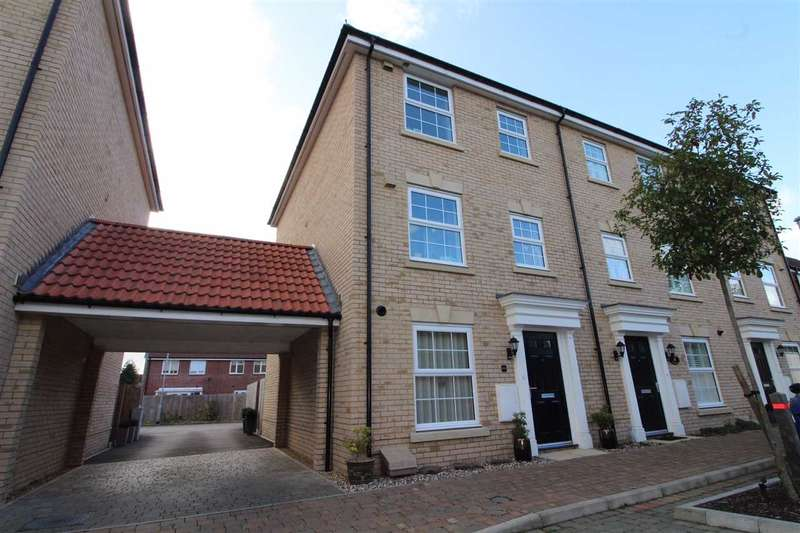 4 Bedrooms Town House for sale in Jubilee Crescent, Needham Market