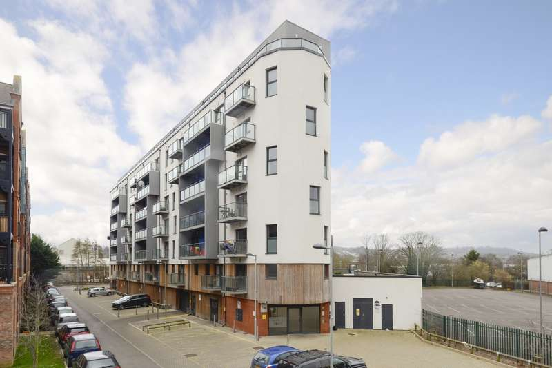 1 Bedroom Flat for sale in Ashbys Point, Walters Farm Road, Tonbridge, TN9
