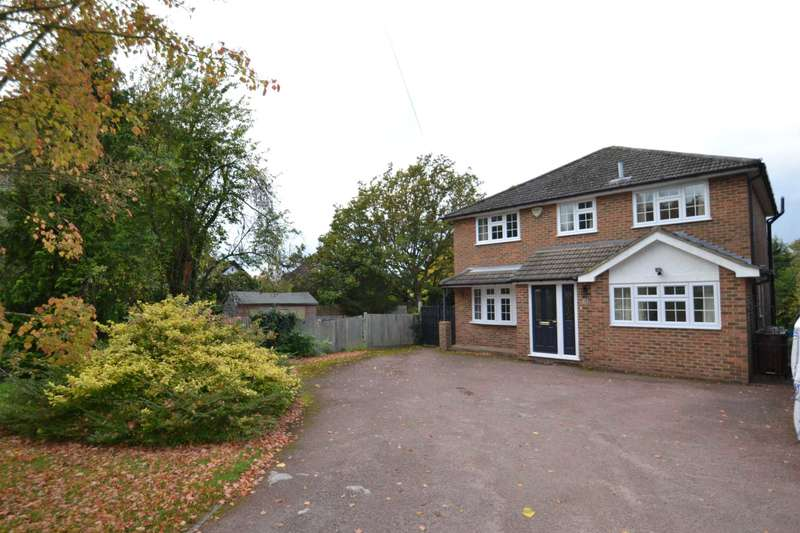 4 Bedrooms Detached House for rent in Longdown Lane North, Epsom, KT17 3JH