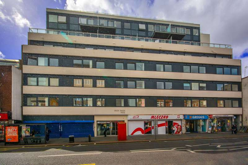 2 Bedrooms Flat for rent in High Street, Croydon, CR0
