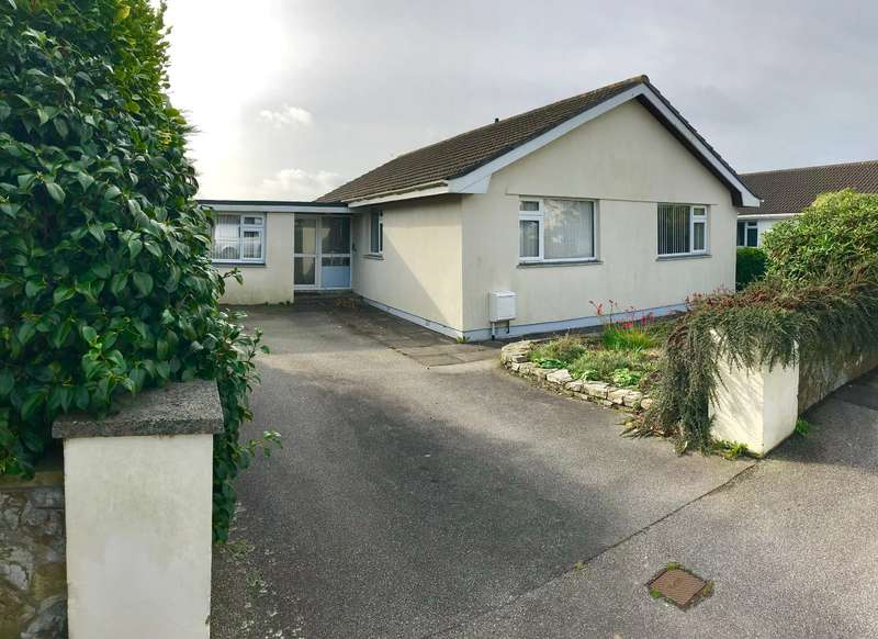 3 Bedrooms Bungalow for sale in Nansavallon Road, Truro, Cornwall