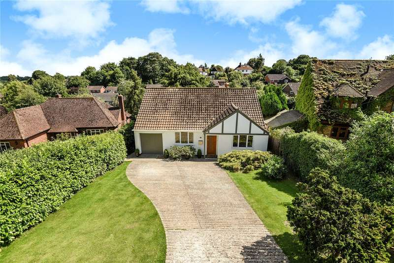 2 Bedrooms Detached House for sale in School Lane, Chalfont St. Peter, Gerrards Cross, Buckinghamshire, SL9