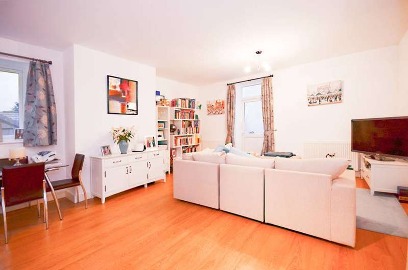 2 Bedrooms Maisonette Flat for sale in Ferndale Street, Beckton, E6