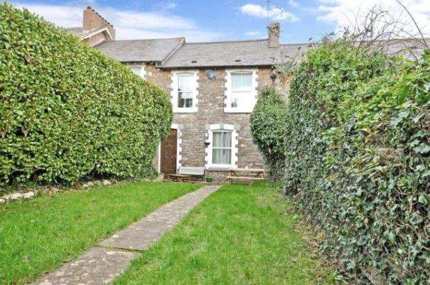 3 Bedrooms Terraced House for sale in Huxnor Road, Kingskerswell, Newton Abbot, Devon